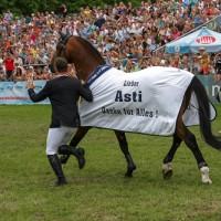 Verabschiedung des Erfolgspferdes Asti Spumante